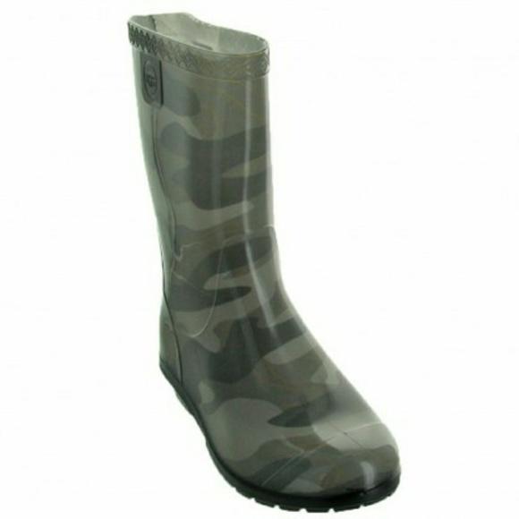 6a552ed7e4a NWOB UGG Kids Raana Camouflage Rain Boots NWT
